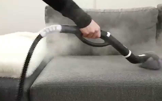 تنظيف و تعقيم المفروشات بالبخار